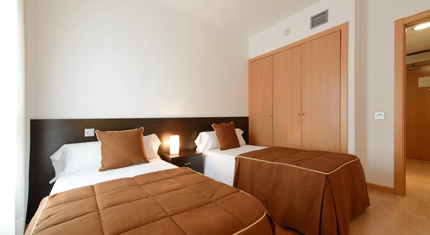 HOTEL TRYP MADRID AIRPORT SUITES *Hotel Oficial solo Clubes