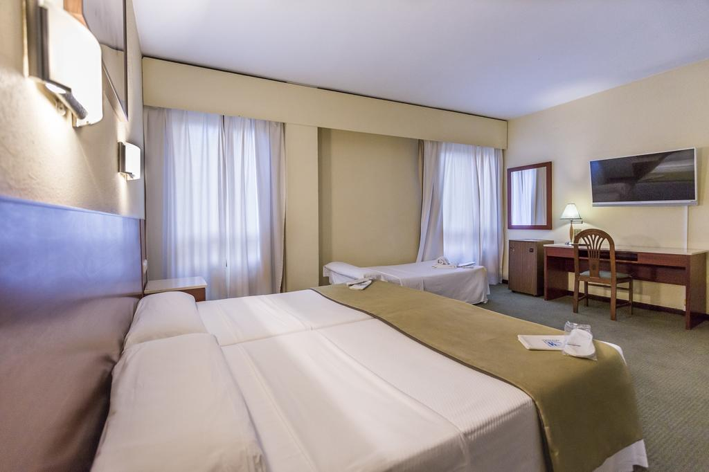 HOTEL MACIÁ GRAN LAR