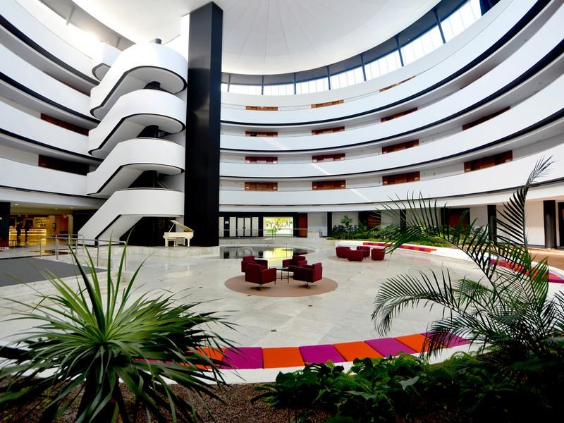 HOTEL BARCELÓ RENACIMIENTO