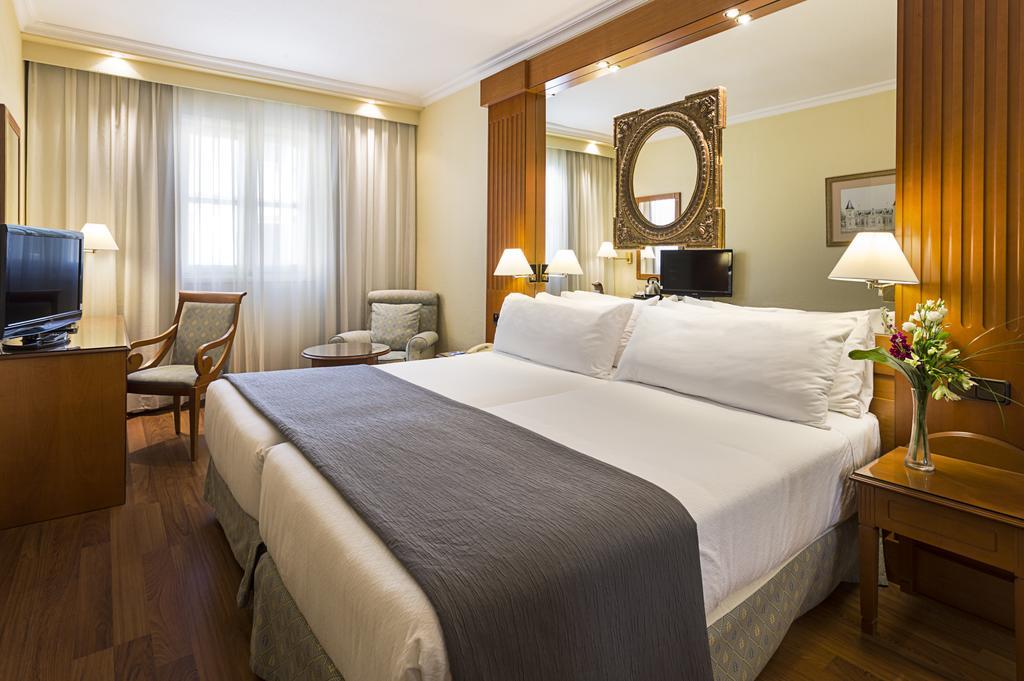 HOTEL SEVILLA MACARENA 2 NOCHES