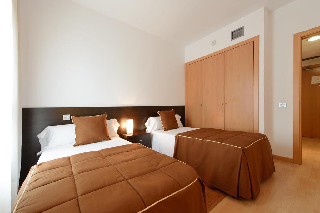 HOTEL TRYP MADRID AIRPORT SUITES - OFERTA FAMILIARES