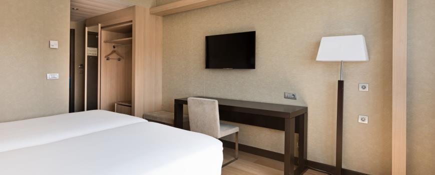 HOTEL NH RIBERA DEL MANZANARES