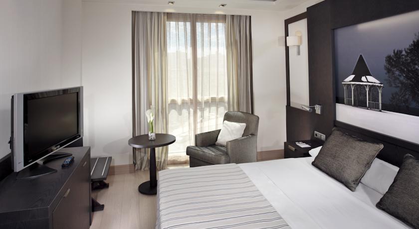 HOTEL SANTOS NELVA 4*