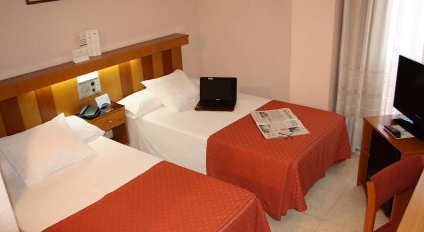 HOTEL PACOCHE 3*