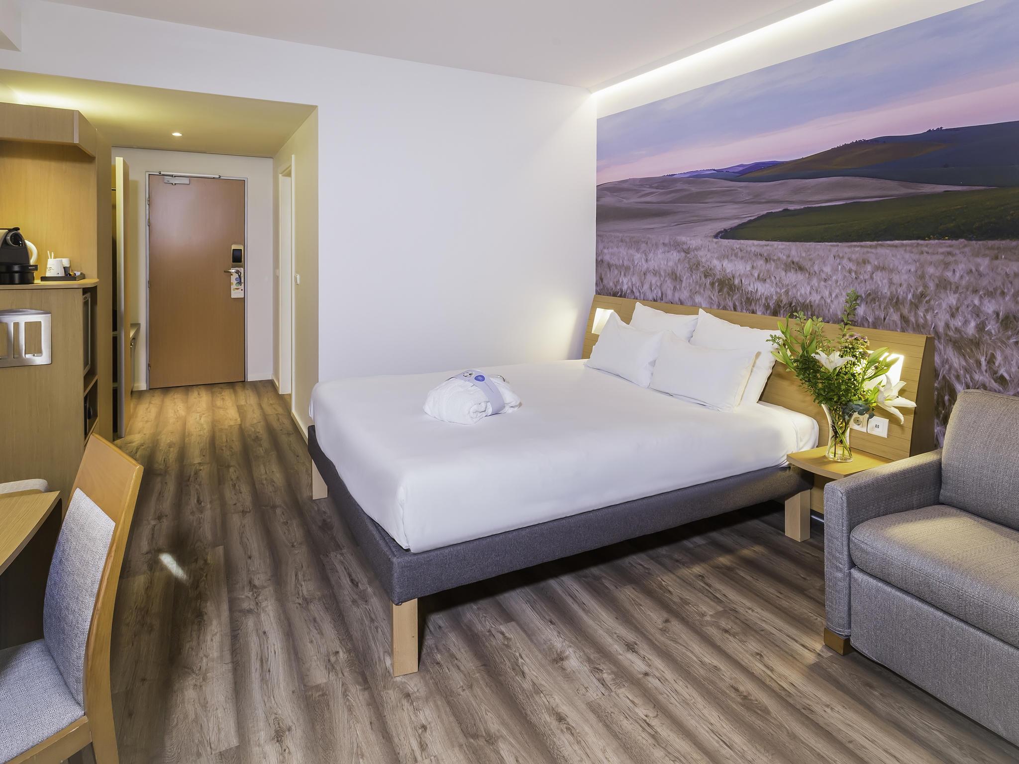 NOVOTEL HOTEL SEVILLA